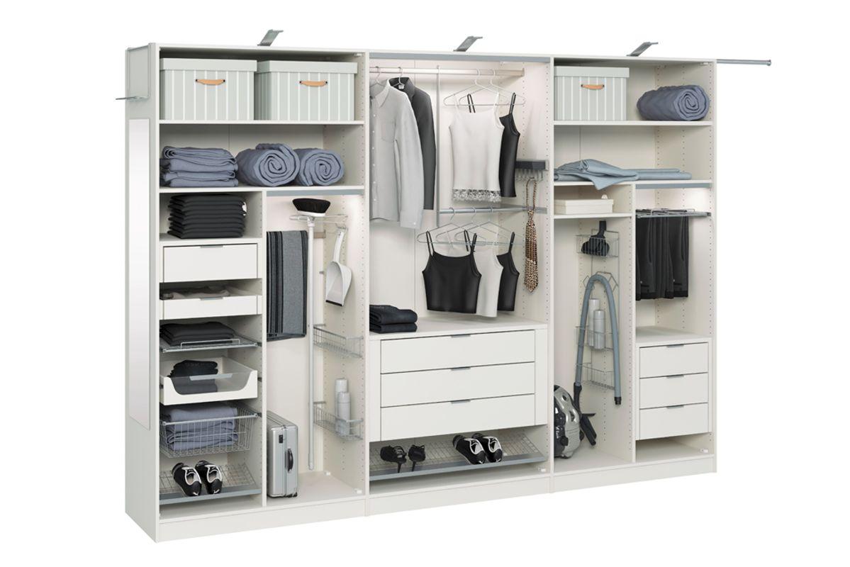 Особенности внутреннего наполнения шкафа-купе в спальне.