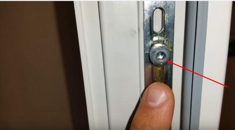 Пластиковые двери регулировка на зиму своими руками 90