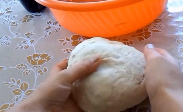 Как сделать эластичное тесто для пельменей