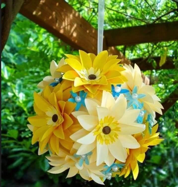 Цветочные шары из цветной бумаги своими руками 53