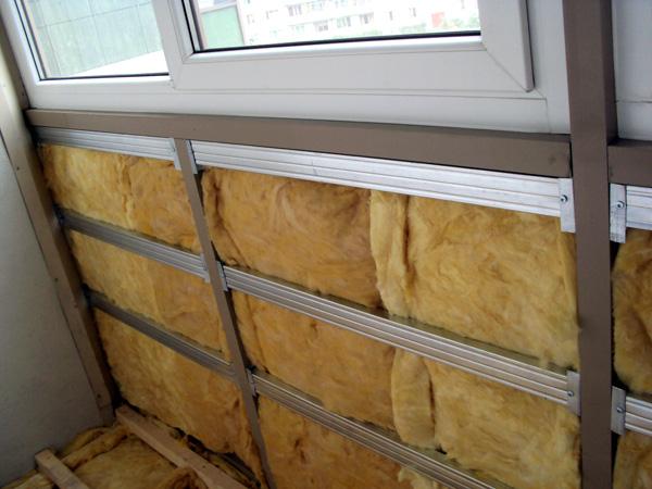 Утепление балкона перед обшивкой вагонкой