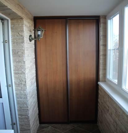 Вариант раздвижных дверей на балконе