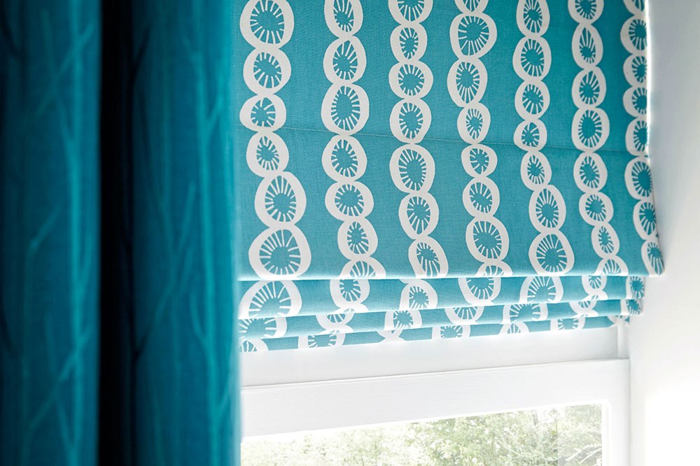 Римские шторы на пластиковое окно своими руками