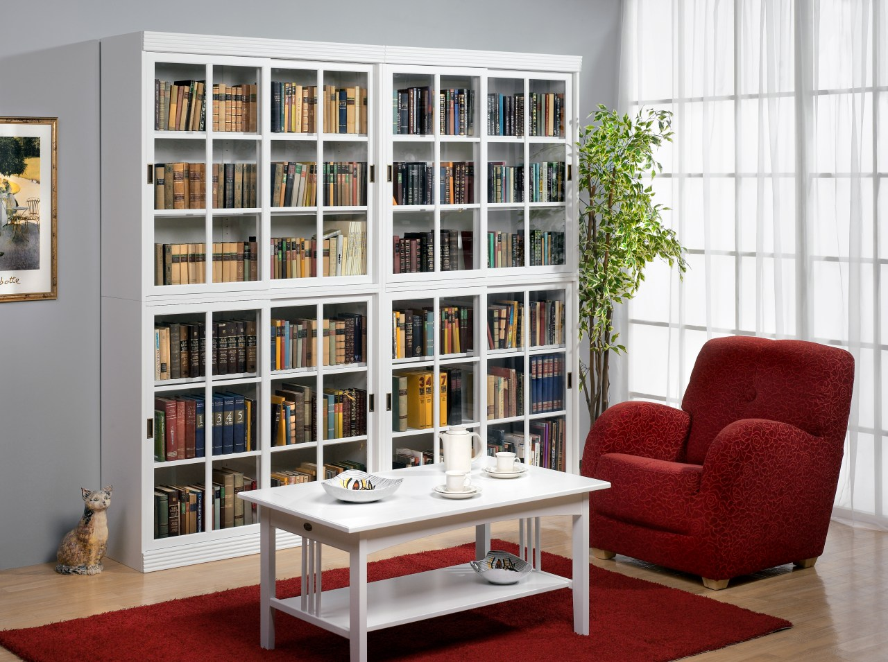 Металлические и деревянные стеллажи для дома и для книг.