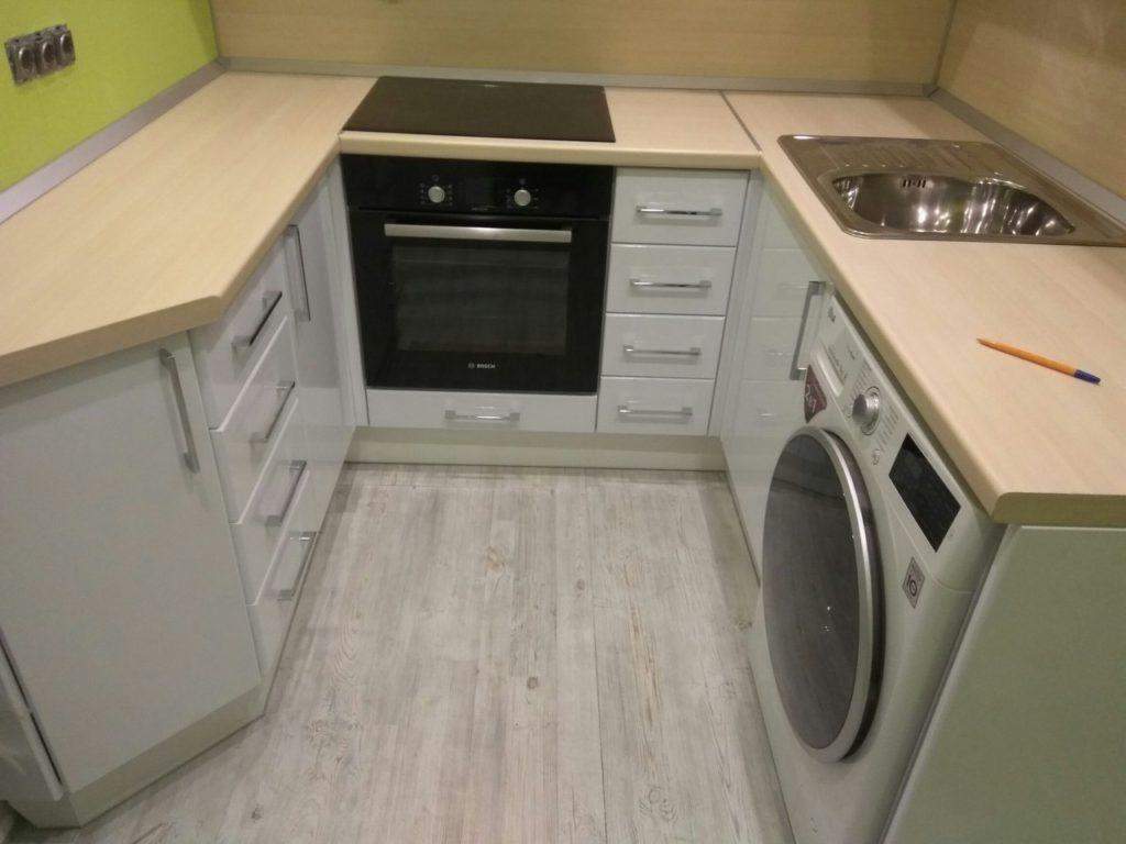 Гарнитур со стиральной машиной