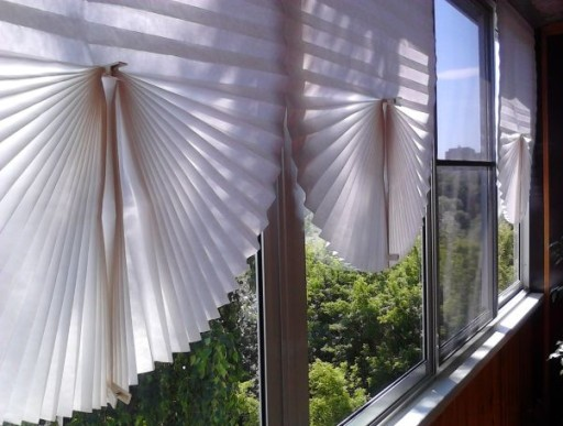 Затеняем окна на балконе