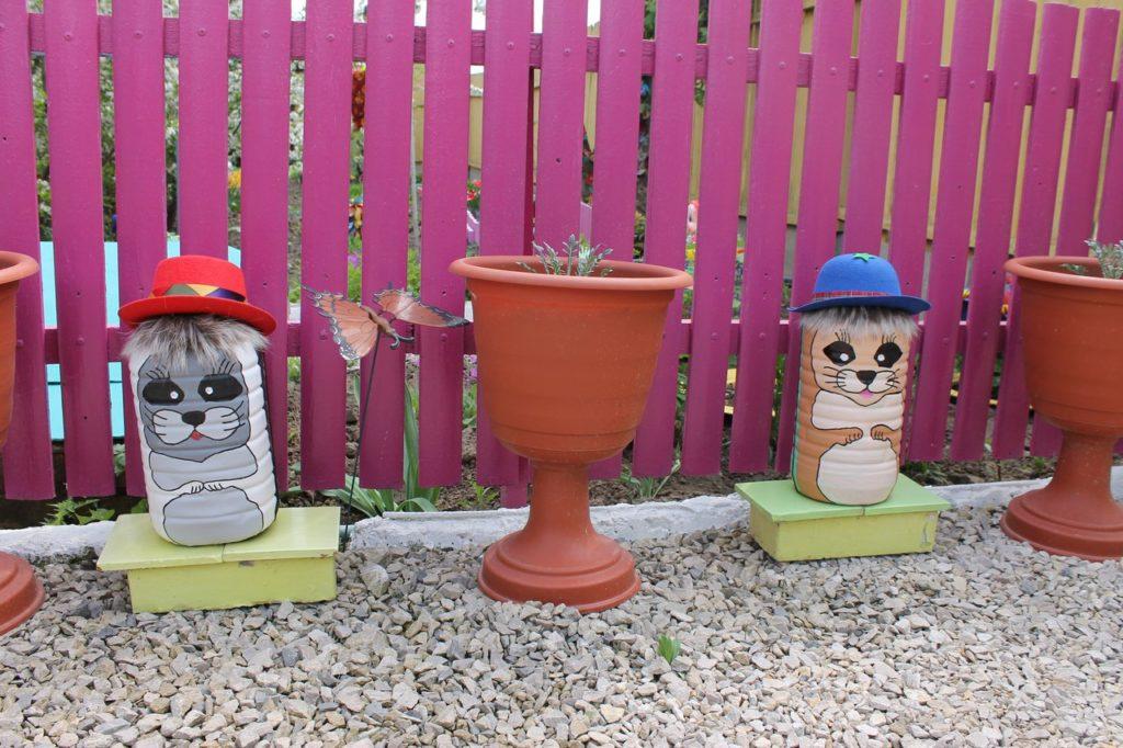 Разные поделки для сада и огорода