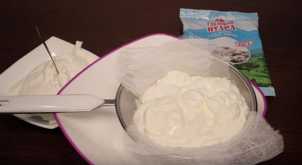 Рецепт крема из сметаны и сахара для торта