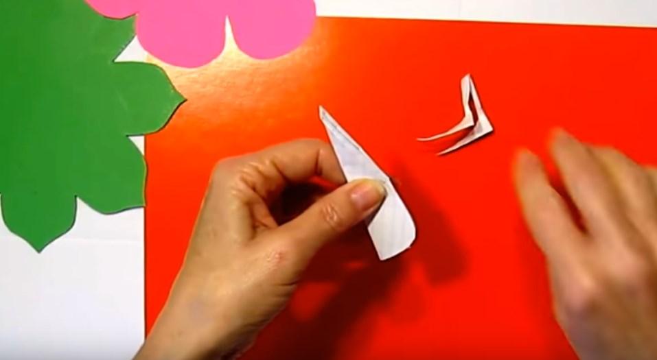 -5 Поделки из бумаги своими руками для детей 7 лет: поэтапно