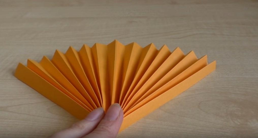 -10 Поделки из бумаги своими руками для детей 7 лет: поэтапно