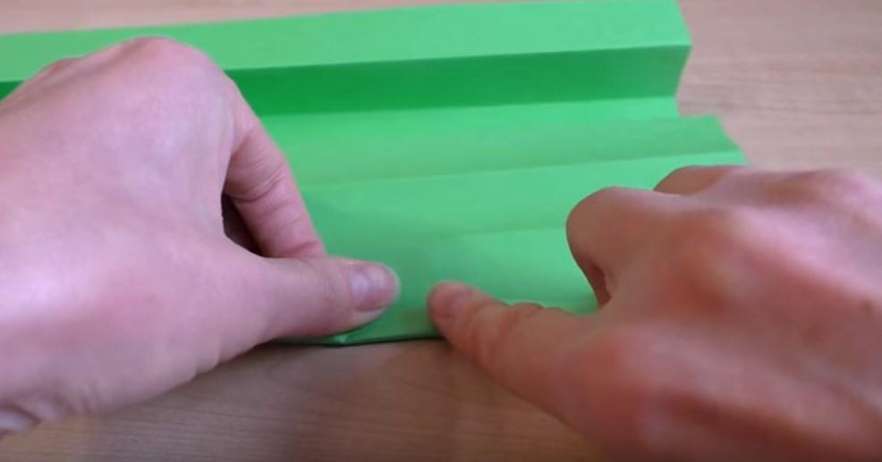 -6 Поделки из бумаги своими руками для детей 7 лет: поэтапно
