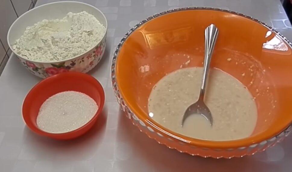 Сладкие булки с творогом - рецепт пошаговый с фото