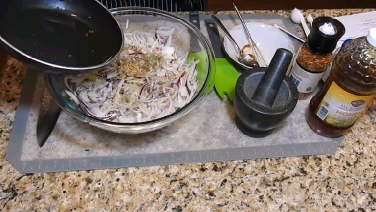 Маринованный молодой лук в соевом маринаде - рецепт пошаговый с фото