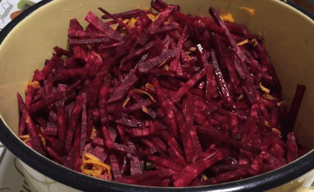 Заправка для борща на зиму: 7 рецептов очень вкусной заправки