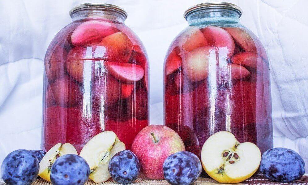 Как закрывать компот из яблок на зиму