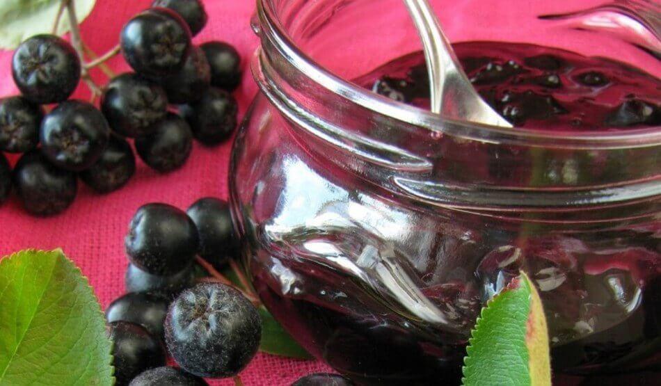 Варенье из черноплодной рябины с вишневым листом рецепты на зиму