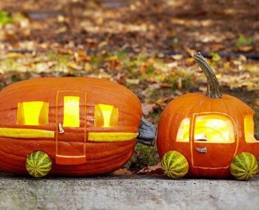 parovoz1 Осенние поделки из тыквы своими руками: 12 красивых и оригинальных поделок из тыквы для детского сада и школы