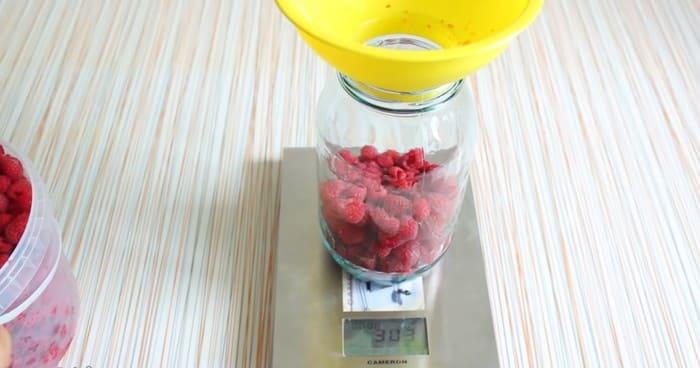 Компот на зиму из малины: 17 простых рецептов приготовления на зиму, хранение